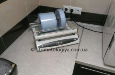 Упаковка стерильного инструмента в стоматологии