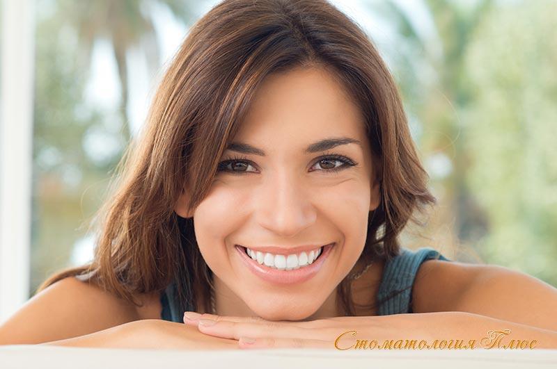 В чем различие чистки зубов и отбеливания зубов в стоматологии
